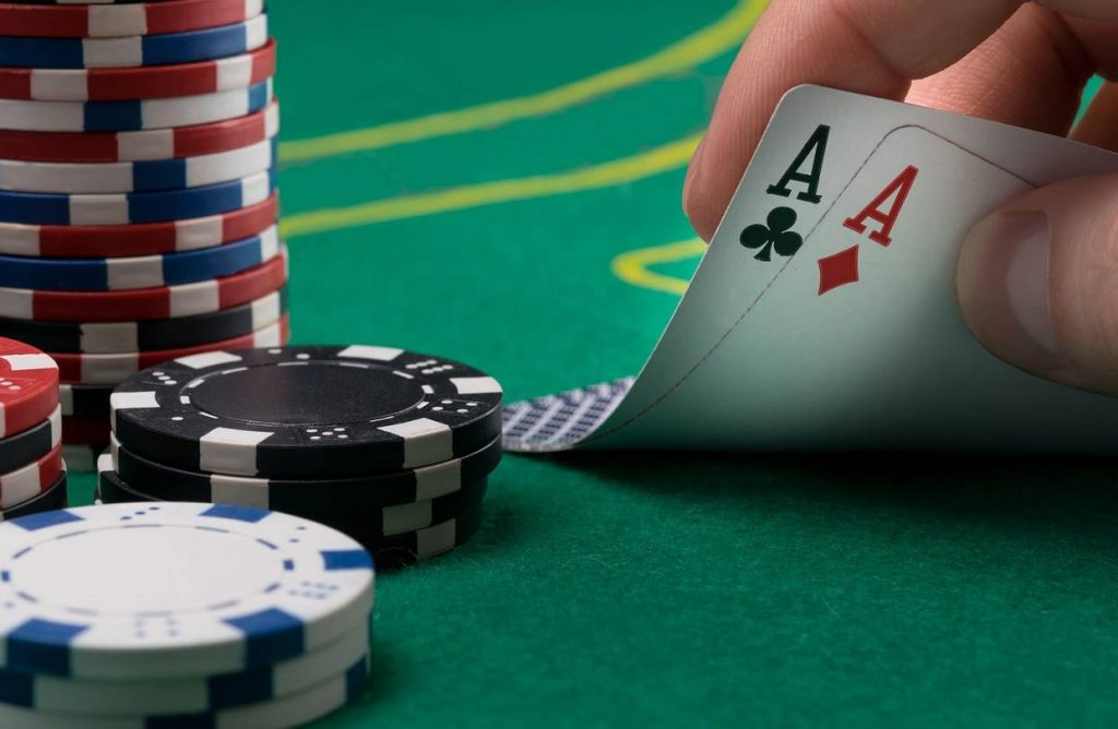 Benefiting in Online Casino Gaming.